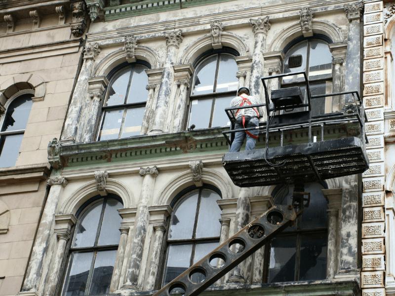 Проведение реставрации объектов культурного наследия